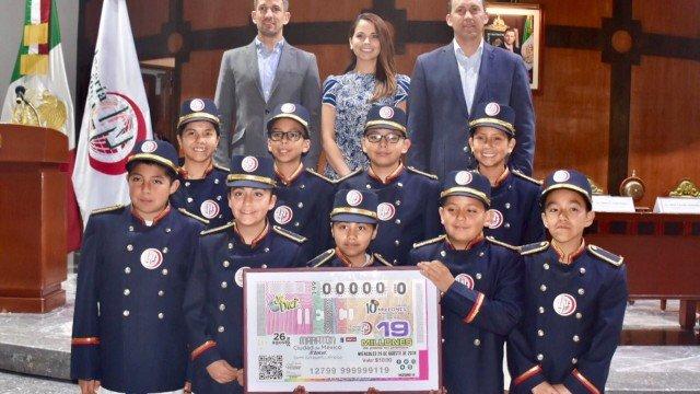 Lotería Nacional dedicó Sorteo de Diez a la XXXVI edición del Maratón de la CDMX Telcel 2018