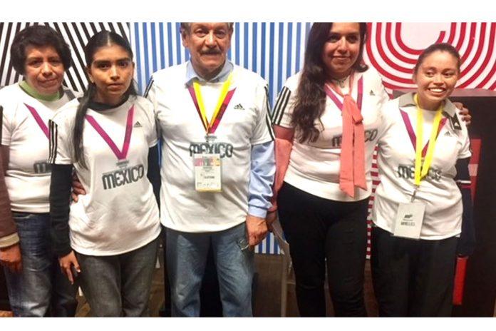 voluntarios maraton cdmx