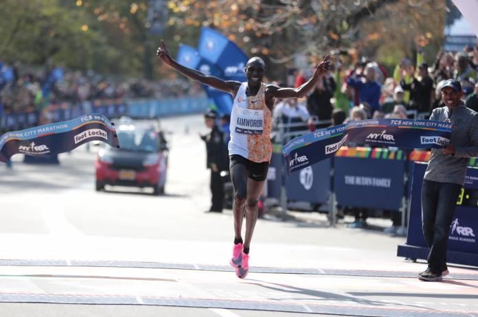 Joyciline Jepkosgei y Kamworor ganan el maratón de Nueva York TCS 2019