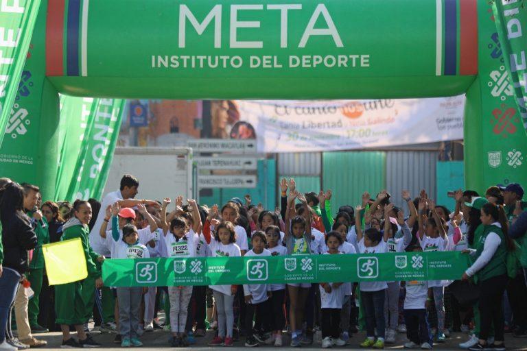 "Participan 4,400 en la 15 Carrera Atlética Comunitaria ""Ponte Pila"" en Milpa Alta"