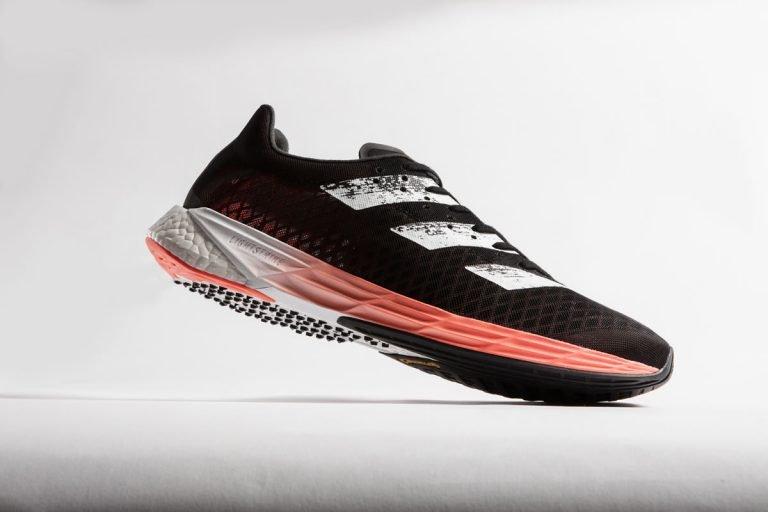 Adizero Pro con placa de carbono, construidos para la velocidad en Maratón