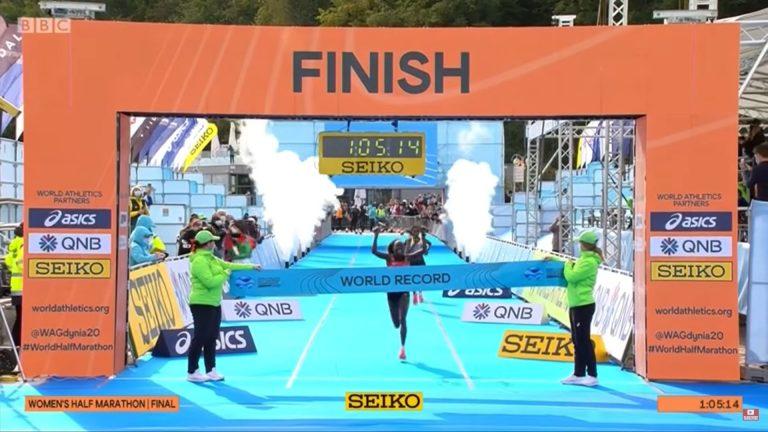 Peres Jepchirchir rompe el récord mundial femenil en el  Campeonato Mundial de Atletismo de Medio Maratón Gdynia 2020