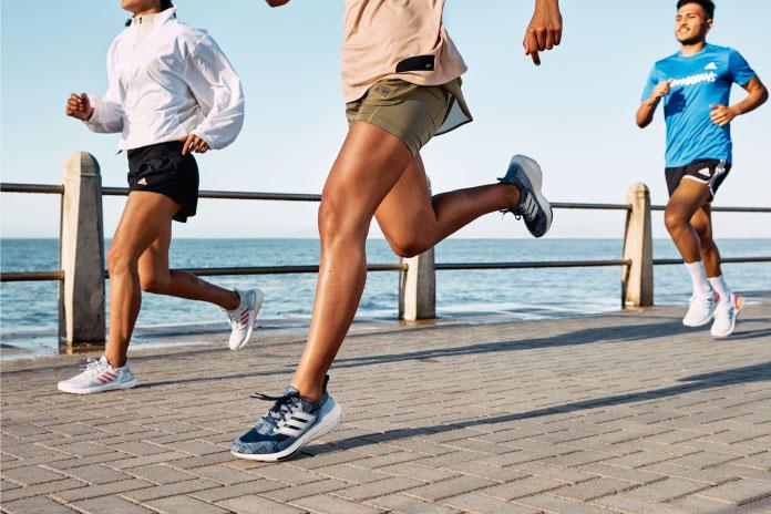 Consejos para conservar en buen estado tu ropa y calzado deportivo